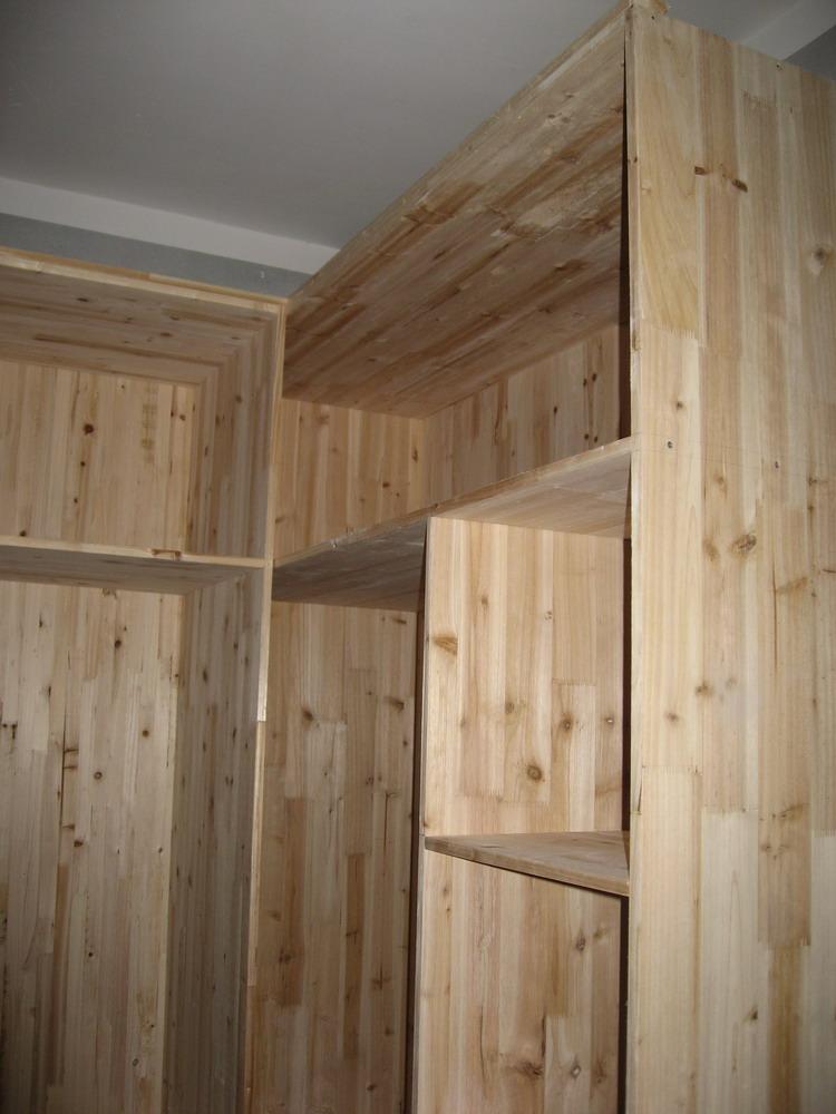nj.oceano.com.cn 在总体的家居设计中,木工装修是十分重要的一环。这膏消费者都略知一二,但是对 于木工装修注意事项都一知半解。下面我们就一拼看装修过程中有什么装修木工注意 事项? 木工装修是家具设计中的一釜组成部分,它涉及至刚间的铺装,吓、门套、 衣巩类的装修。所以,木工装修对于整赣装修是不容耗。