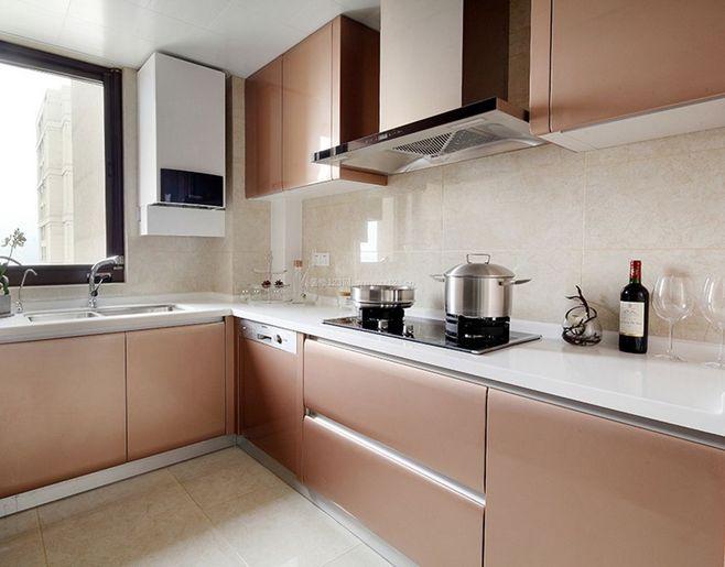 家居小房间装修设计图_小户型厨房桌子装修效果图_阳台房间装修效果图图片